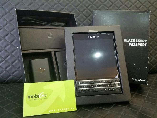 BlackBerry Passport giam gia ky luc con 4,49 trieu dong hinh anh 2