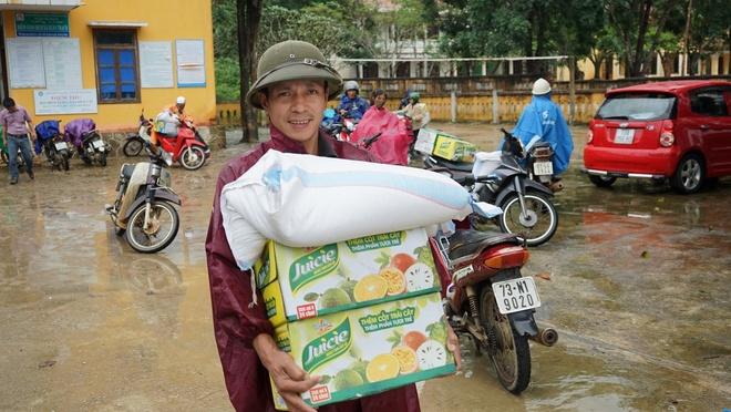Tan Hiep Phat ho tro nguoi dan Quang Binh sau 'lu kep' hinh anh 5