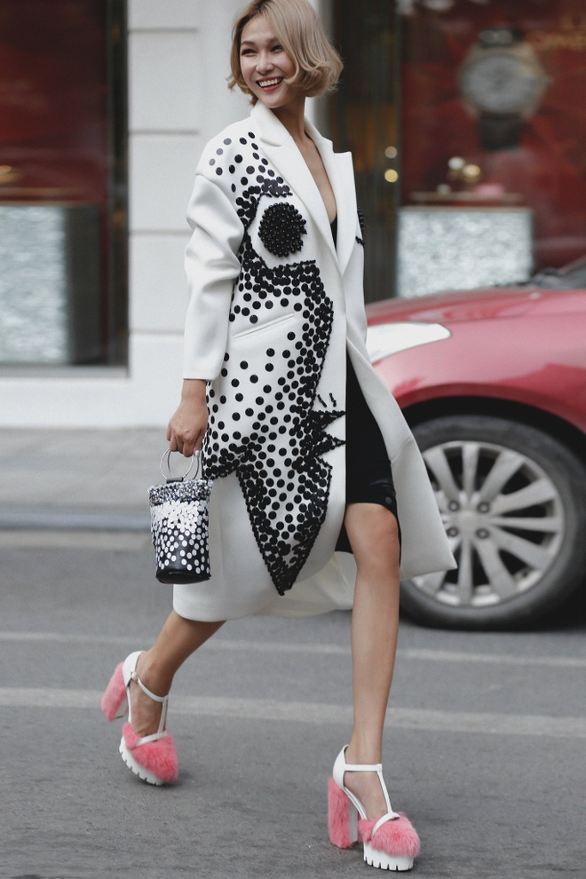 Loat fashionista Viet chuong sac hong trong street style hinh anh 8