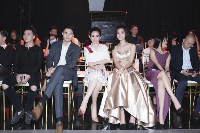 Tram Nguyen noi bat tai Vietnam Designer Fashion Week 2016 hinh anh 4