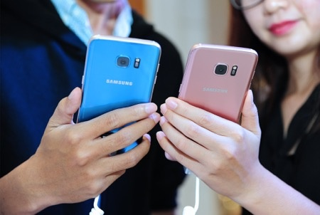 Samsung ky vong vao S7 Blue Coral dip cuoi nam hinh anh 1