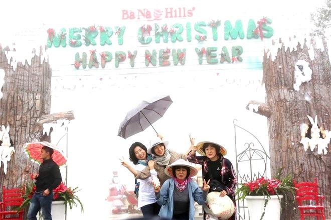 Khong khi Noel phuong Tay tren Ba Na Hills hinh anh 1