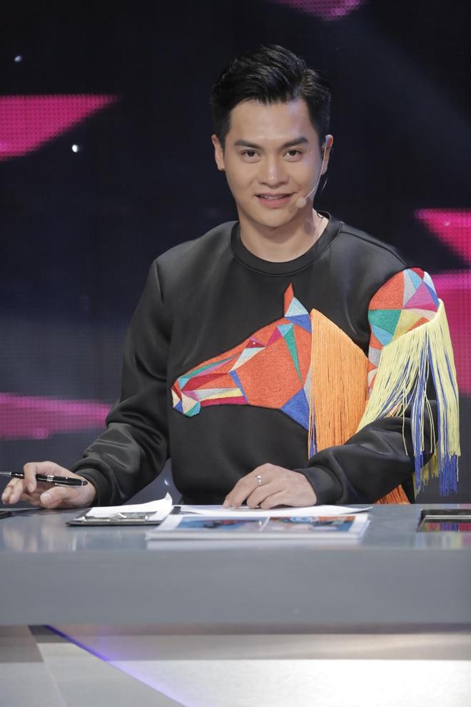Chuyen gia trang diem Nam Trung chap nhan 'dung sau' hoc tro hinh anh 1
