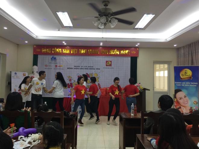 Tan Hiep Phat,  Dr Thanh,  Ngay chu nhat cho em,  Tra anh 2
