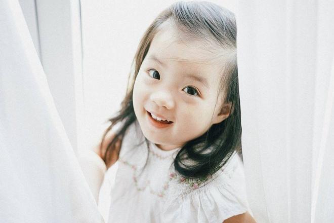 MC Minh Trang: 'Cha me can nho lich tiem chung cho con' hinh anh 4