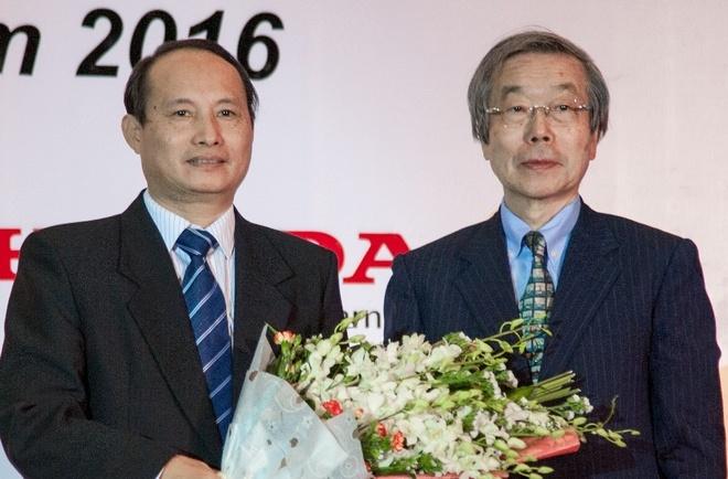 Honda Viet Nam trao tang Giai thuong Honda Y-E-S 2016 hinh anh