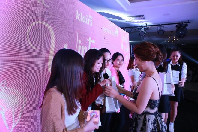 Beauty blogger Ha thanh hoi ngo trong 'Winter Makeover' hinh anh 7