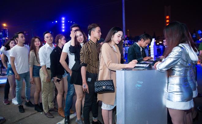 Sau Da Nang, ban tre Quy Nhon, Nha Trang cho don Tiger Remix hinh anh 2