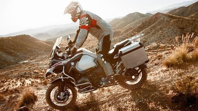 4 mau moto BMW hut khach Viet 2016 hinh anh 9