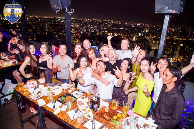 trao luu thuong thuc beer club roof-top anh 3