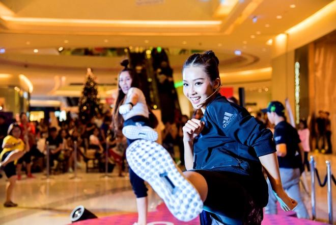 Lilly Nguyen va Kha Ngan do dang san chac hinh anh 2
