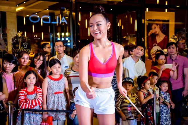 Lilly Nguyen va Kha Ngan do dang san chac hinh anh 4