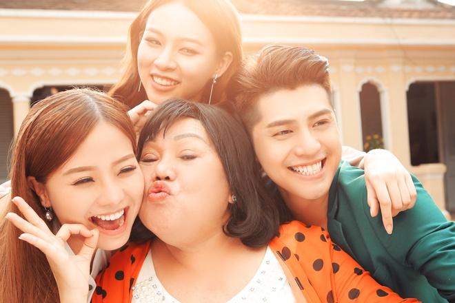 Noo Phuoc Thinh lan dau dong phim ngan Tet hinh anh 7