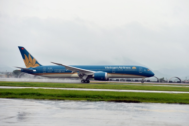 Can canh doi tau bay hien dai cua Vietnam Airlines hinh anh 1