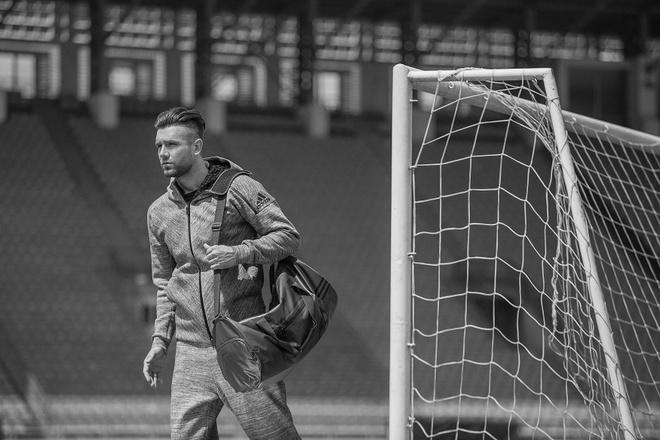 Que Ngoc Hai, Mai Ngo 'dung hang' voi Messi, sao Real hinh anh 6