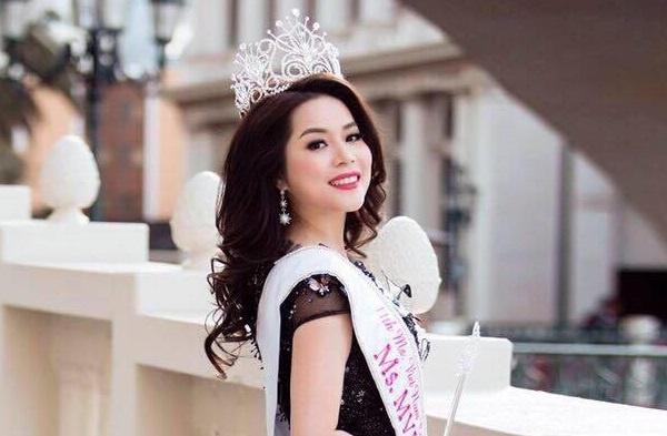 Jasmine Le dang quang Hoa hau Phu nu Nguoi Viet The gioi hinh anh