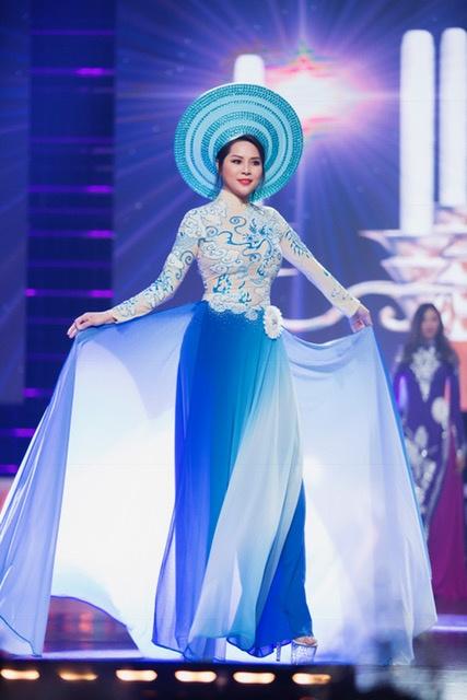 Jasmine Le dang quang Hoa hau Phu nu Nguoi Viet The gioi hinh anh 5
