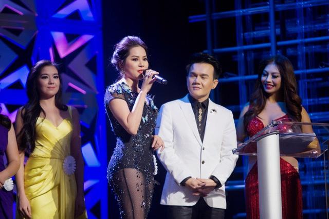 Jasmine Le dang quang Hoa hau Phu nu Nguoi Viet The gioi hinh anh 2