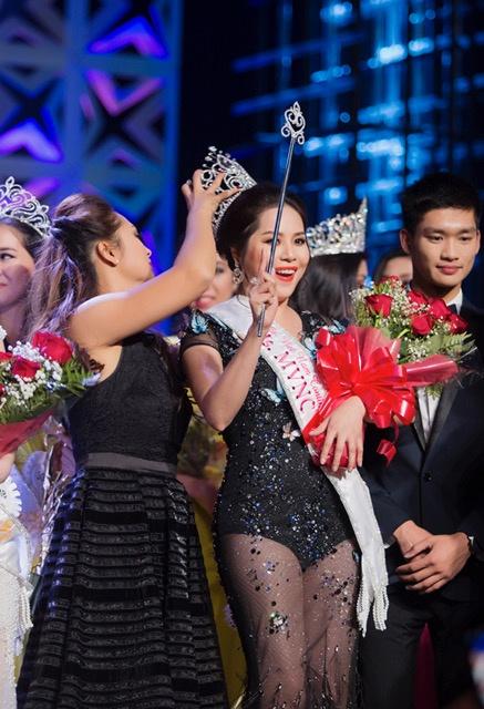 Jasmine Le dang quang Hoa hau Phu nu Nguoi Viet The gioi hinh anh 1