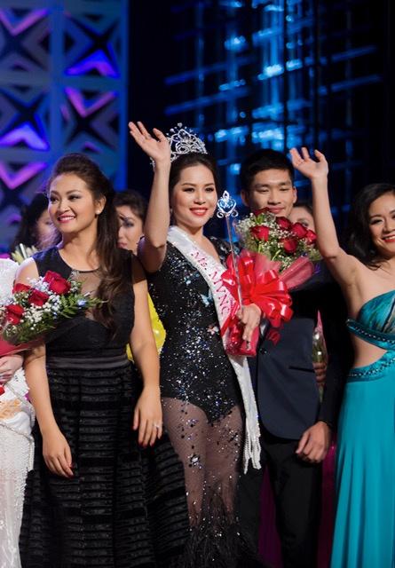 Jasmine Le dang quang Hoa hau Phu nu Nguoi Viet The gioi hinh anh 3