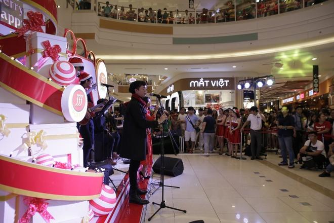 Don nam moi voi Miu Le, Vu Cat Tuong tai AEON Mall hinh anh 2
