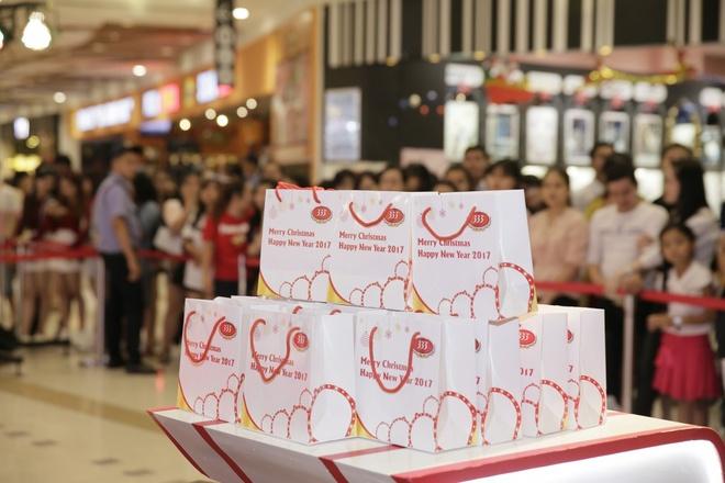 Don nam moi voi Miu Le, Vu Cat Tuong tai AEON Mall hinh anh 3