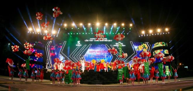 Bia Sai Gon,  Bia Saigon Countdown Party 2017 anh 3