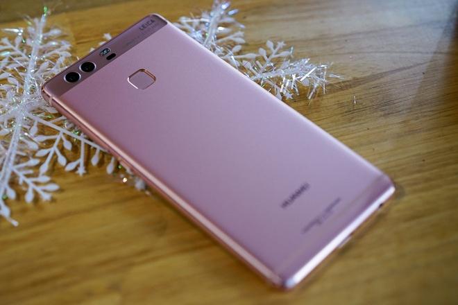 Huawei P9 vang hong: Su ket hop giua thoi trang va cong nghe hinh anh 2