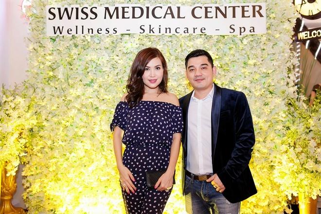 Mai Thu Huyen quyen ru du khai truong Swiss Medical Center hinh anh 2