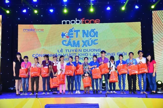 Mobifone to chuc chuong trinh ca nhac cho cong nhan hinh anh 8