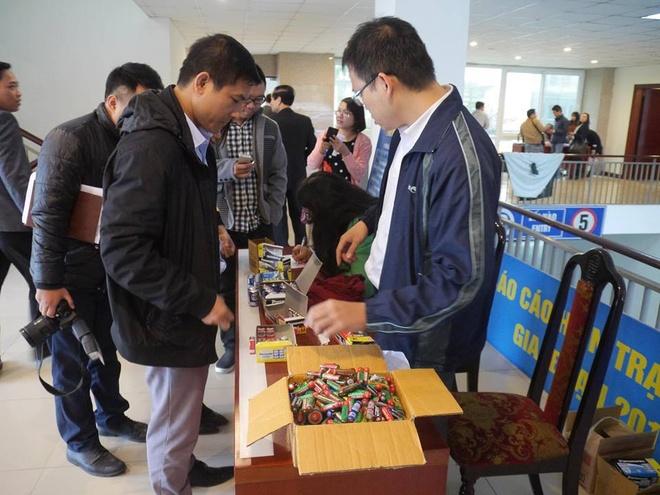 Panasonic Viet Nam thu doi 12.500 pin sinh thai nam 2016 hinh anh 3
