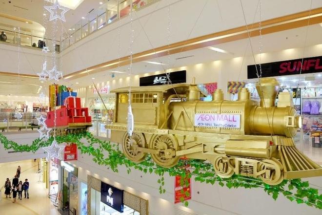 AEON Mall Tan Phu Celadon noi bat voi doan tau vang 250 tuoi hinh anh 1