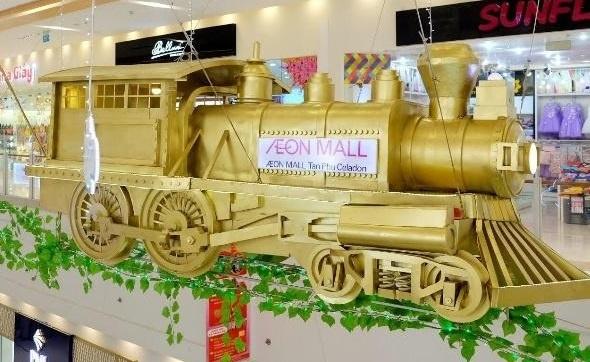 AEON Mall Tan Phu Celadon noi bat voi doan tau vang 250 tuoi hinh anh