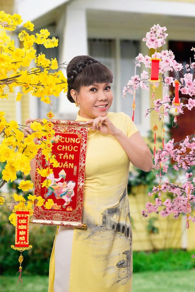 Viet Huong rang ro trong bo anh don xuan hinh anh 3