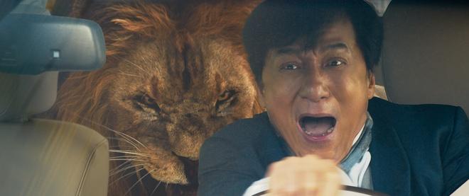 Phim hai Thanh Long hoi tu trai xinh, gai dep hinh anh 4