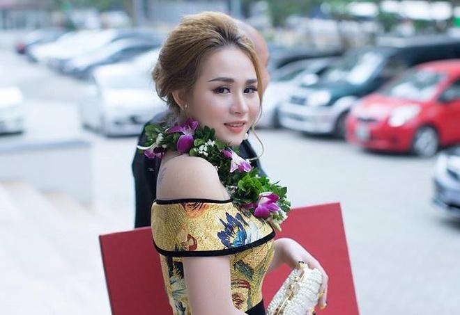Elly Girl nhan bang vang chu tin cho doanh nghiep tieu bieu hinh anh