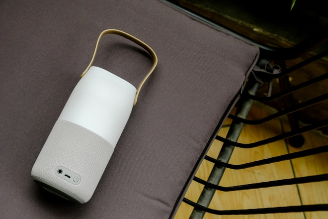 Loa Bluetooth doi mau: Am thanh 360 do, tinh di dong cao hinh anh 3