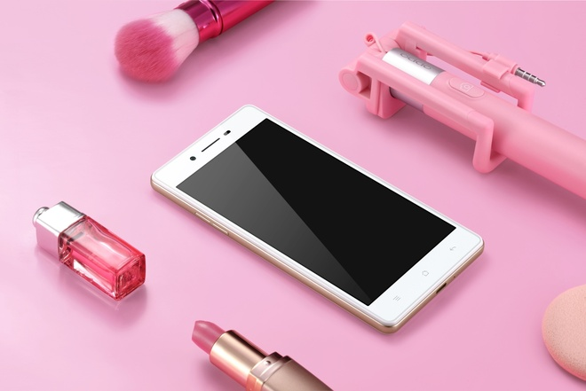 4 smartphone cho anh selfie lung linh mua Valentine hinh anh