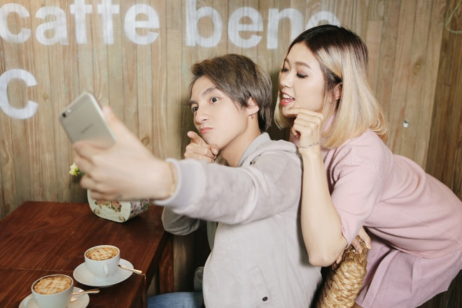 Son Tung M-TP nhi nho selfie cung Suni Ha Linh hinh anh 2