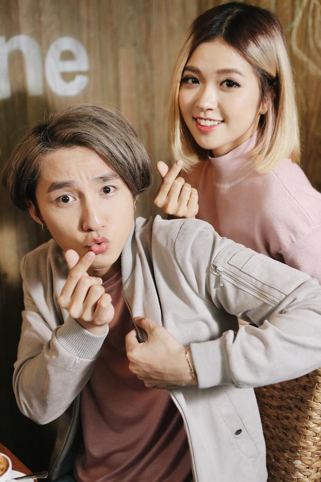 Son Tung M-TP nhi nho selfie cung Suni Ha Linh hinh anh 4