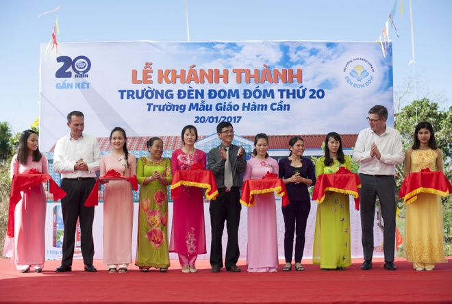 khanh thanh ngoi truong Den Dom Dom thu 20 anh 11