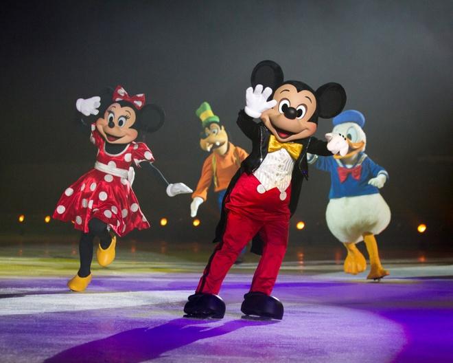 Cu dan mang san lung ve Disney On Ice lam qua dau nam hinh anh 5