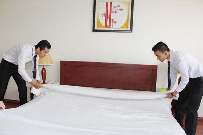 truong Trung cap nghe Viet Giao anh 2
