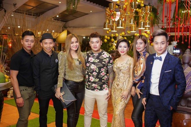 Hoa hau Kristine Thao Lam sang trong tai 'Da tiec mua xuan' hinh anh 6