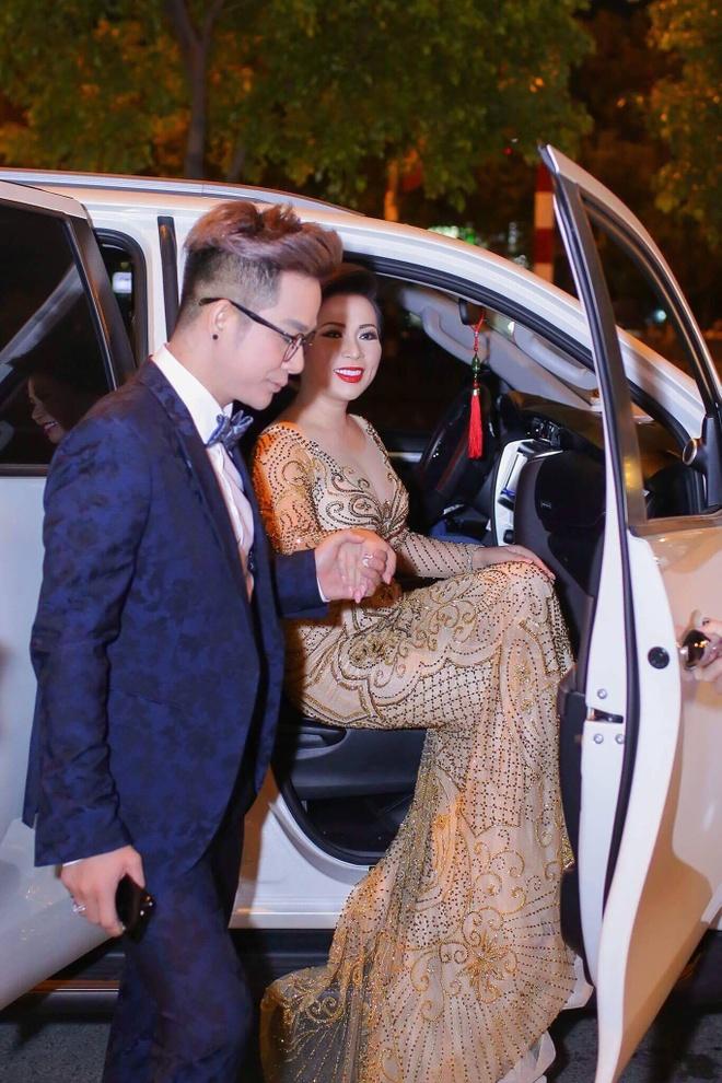 Hoa hau Kristine Thao Lam sang trong tai 'Da tiec mua xuan' hinh anh 1