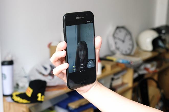 3 tieu chuan chon smartphone tam gia 8 - 12 trieu dong hinh anh 1