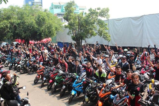 1.000 biker va 300 mau do WINNER hoi tu hinh anh 6