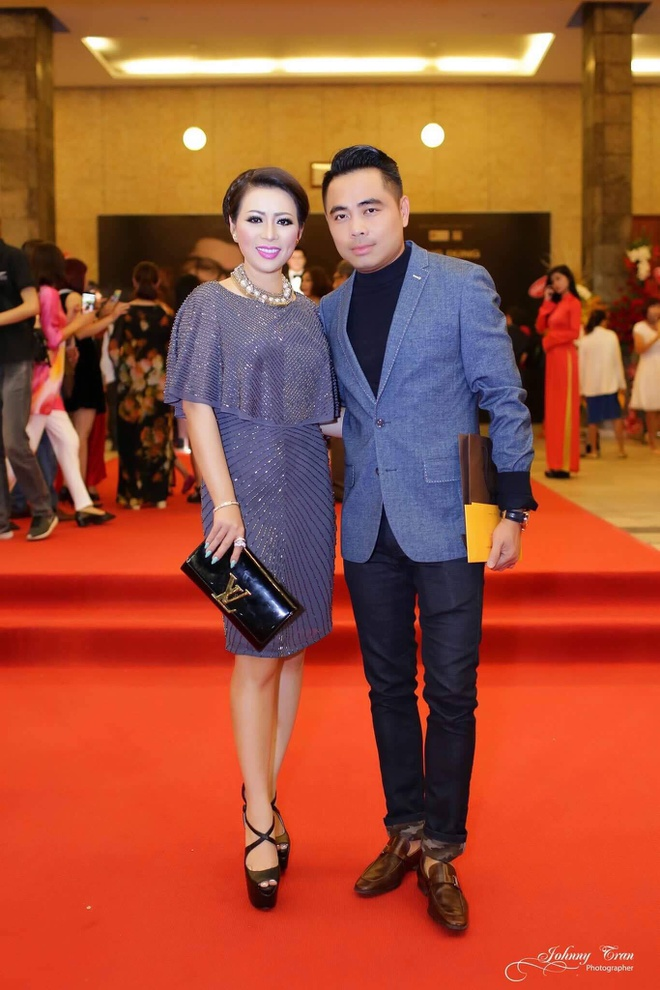 Hoa hau Kristine Thao Lam lai xe sang di xem liveshow hinh anh 5