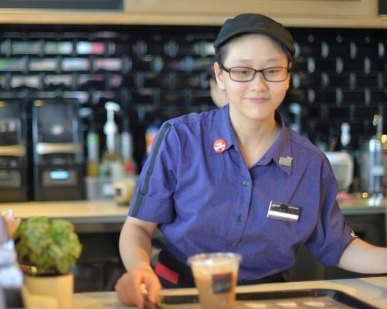 McDonald's Vietnam lot top 100 noi lam viec tot nhat Viet Nam hinh anh