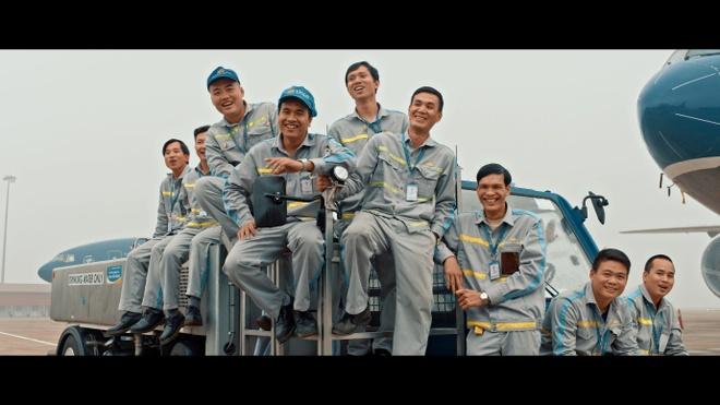 Hau truong MV 'Bay len Viet Nam' cua thanh nien Vietnam Airlines hinh anh 8